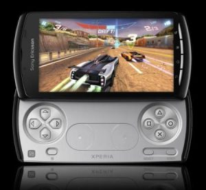Xperia Play: ¡Play Station se encuentra con Android!