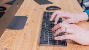 Cómo eliminar el historial de navegación web en Mac