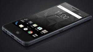 BlackBerry Motion Press renderiza superficies en línea, podría ser el primer teléfono inteligente resistente al agua de la compañía