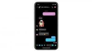 Facebook comienza a probar Messenger con modo oscuro en algunos países