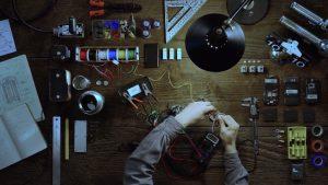 """El último video teaser de HTC 10 dice que sus ingenieros están """"obsesionados con la duración extendida de la batería"""""""