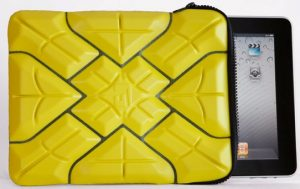 iPad cayó desde 1300 pies, sobrevive gracias al estuche G-Form