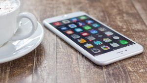 Cómo evitar los cargos de roaming de datos de iPhone en el extranjero