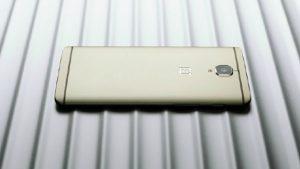 Variante Soft Gold de OnePlus 3 provocada por la compañía