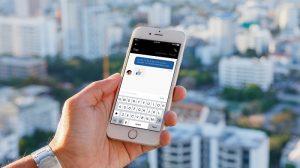 Uber lanza chat en la aplicación para conductores y pasajeros para evitar compartir información personal
